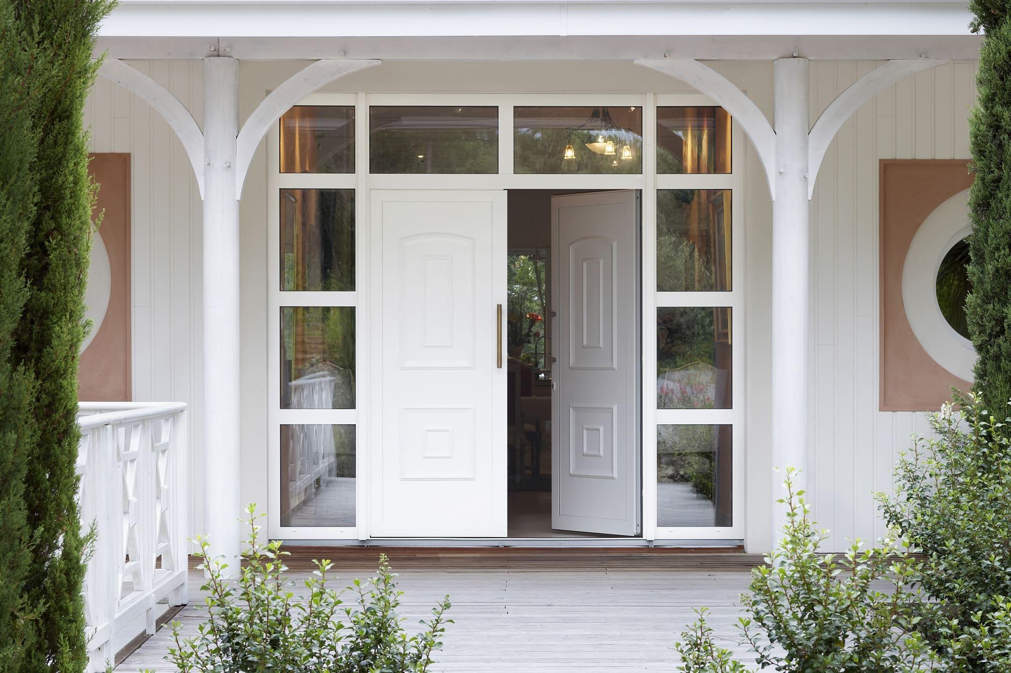 porte d'entrée avec vitrage